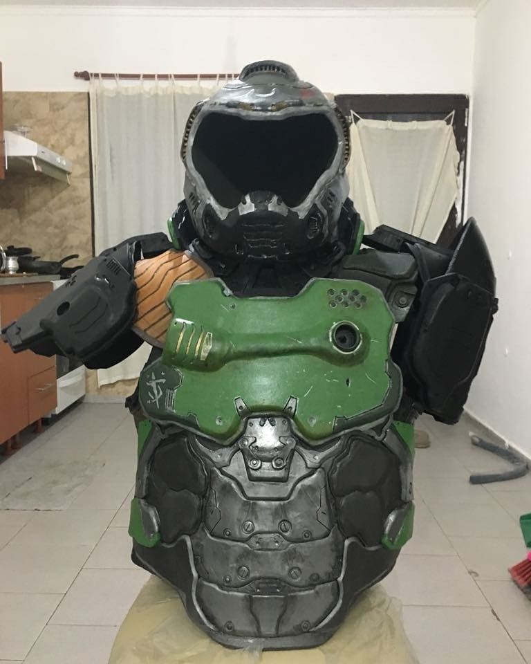 Doom Marine Praetor Suit Doomguy Armor Doom 4 Doom Gaming Decor