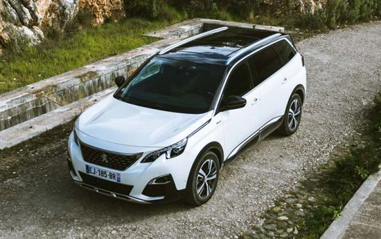 Peugeot 5008 SUV: rijtest en video | Rides | Pinterest | Peugeot ...