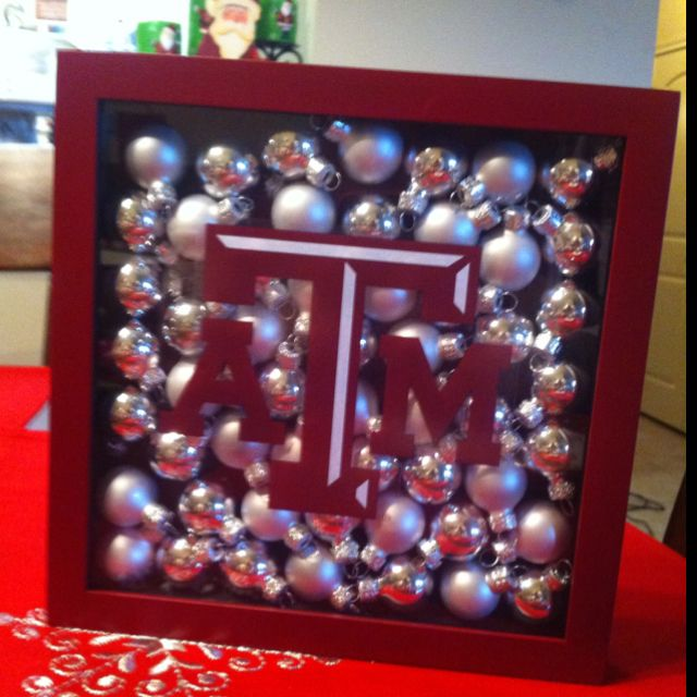 Texas A&M Holiday Decor: Painted Shadow Box With Mini