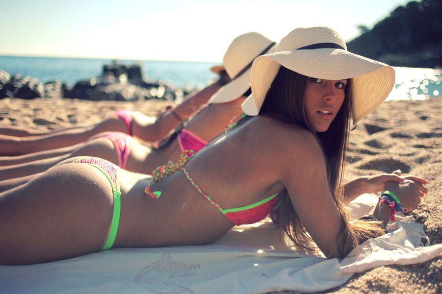 547f7fe92776 Model BAY   Nina Urgell wearing Hels Bcn from Costa Brava #helsbcn ...