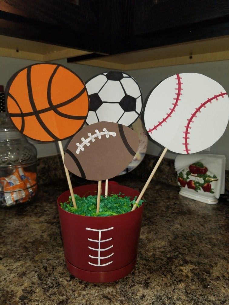 Diy Sports Themed Table Centerpiece Sports Party Ideas