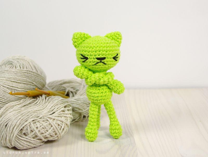 Patrón de crochet libre: Pequeño gato de patas largas // Kristi ...