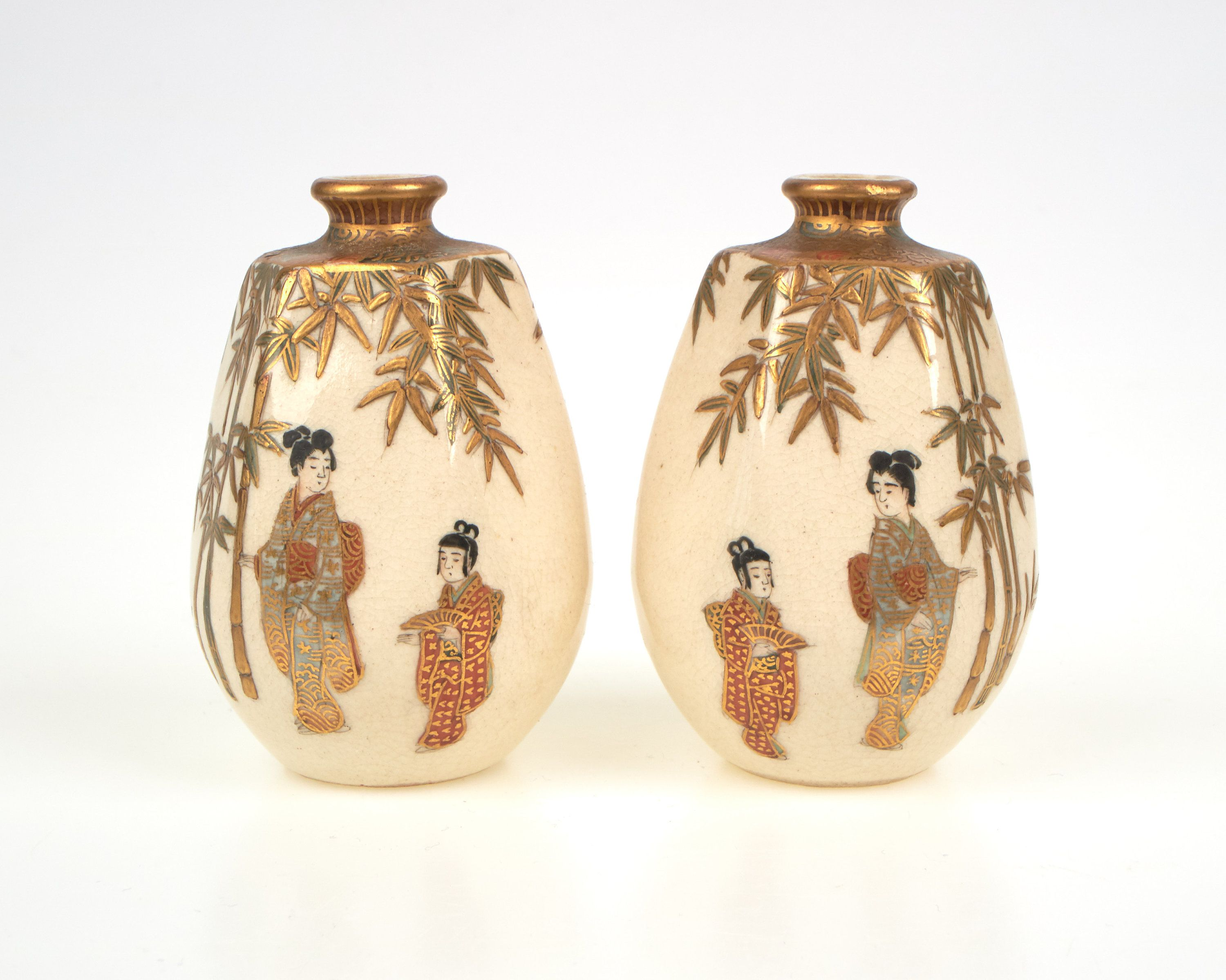 Pair of antique 1900s Japanese satsuma pottery vases