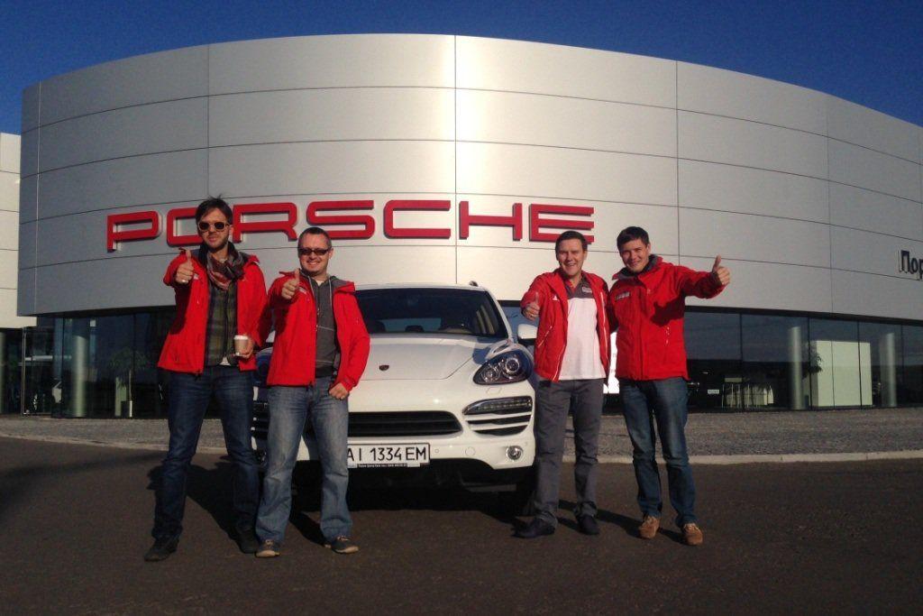 Марафон Porsche Performance Drive Команда 13 вступила в