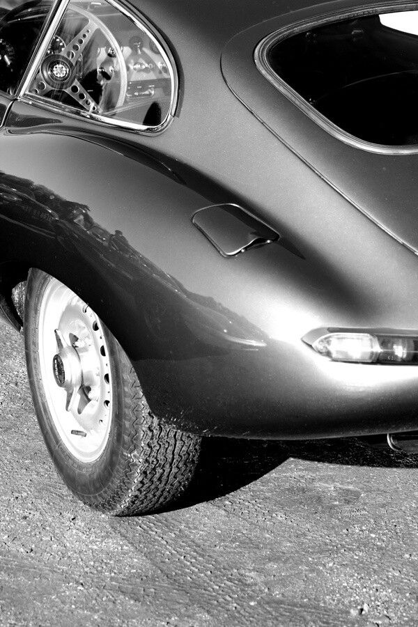 Pin Op E Type Love