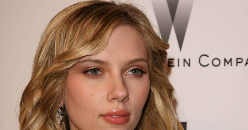 Hottie of The Week goes to Scarlett Johansson, I'm sure she's been the our Hottie of The Week before (she must of!) but we're giving her the...