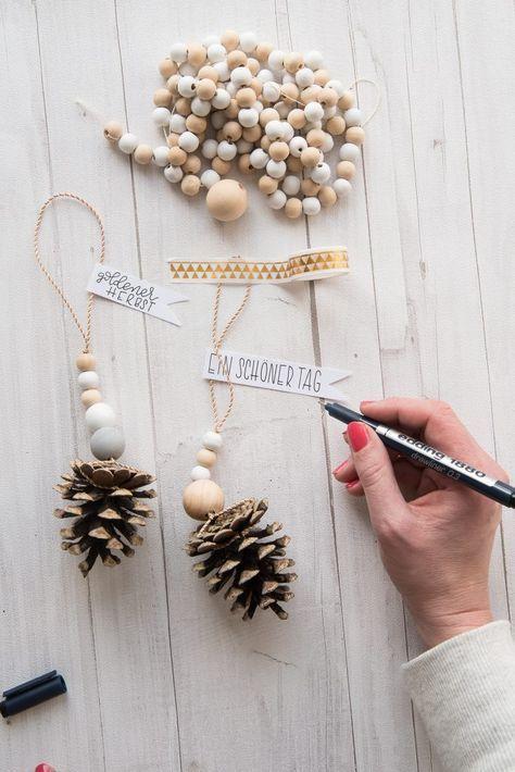 Kiefernzapfen Deko für Herbst und Weihnachten eine schnelle DIY Idee #weihnachtsdekobasteln