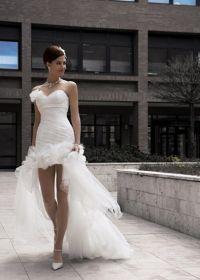 Robes de mariée court devant long derrière