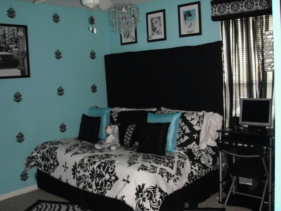 tiffany blue bedroom my creations. Black Bedroom Furniture Sets. Home Design Ideas