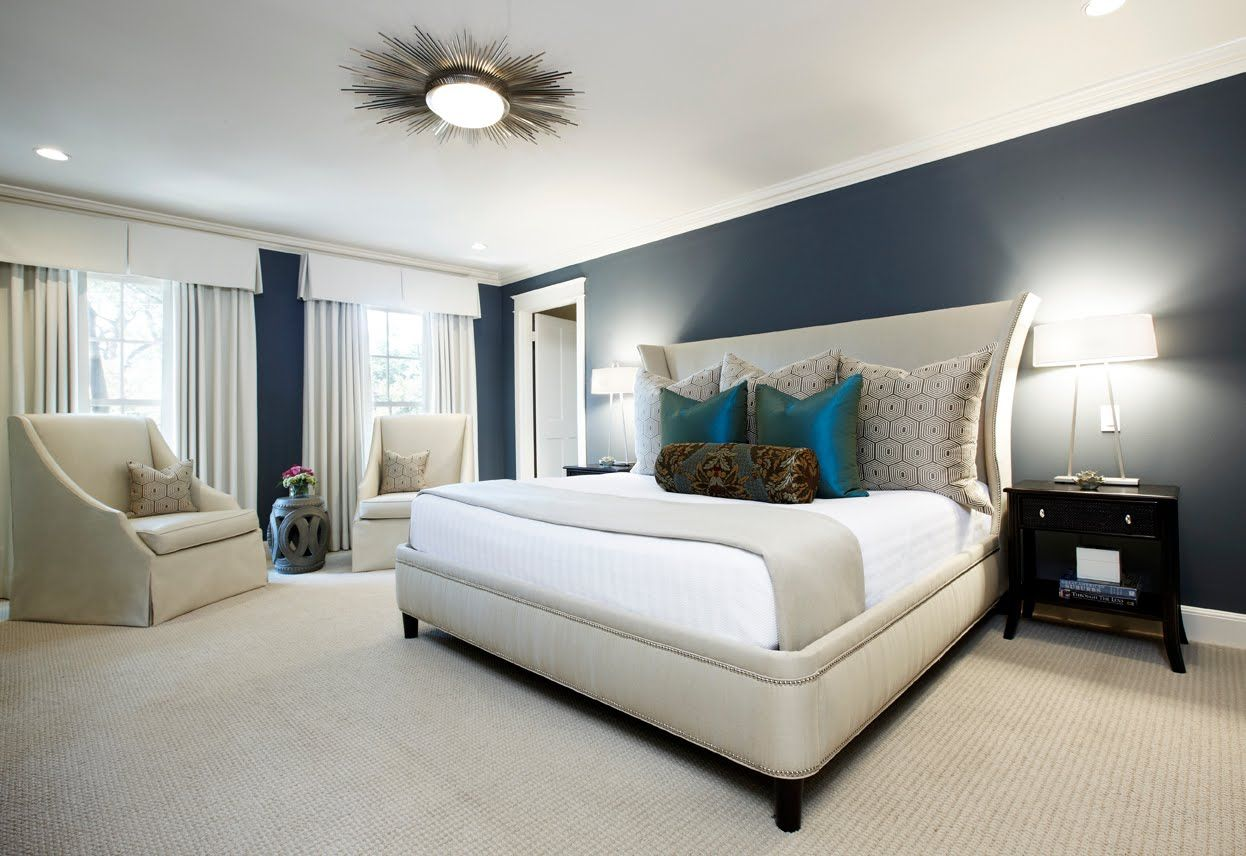 Bedroom Modern Large Bedroom Have White Bed Cover Between