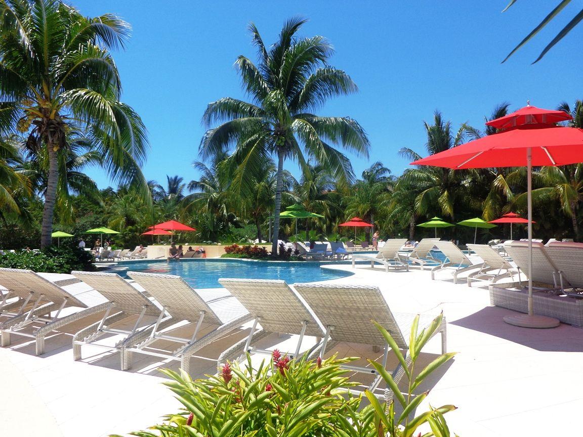 Adult pool / alberca para adultos - #vacation #vacaciones #RivieraMaya #Mexico