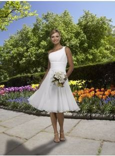 Simple Garden Wedding Dress Maybe for Reception or ...