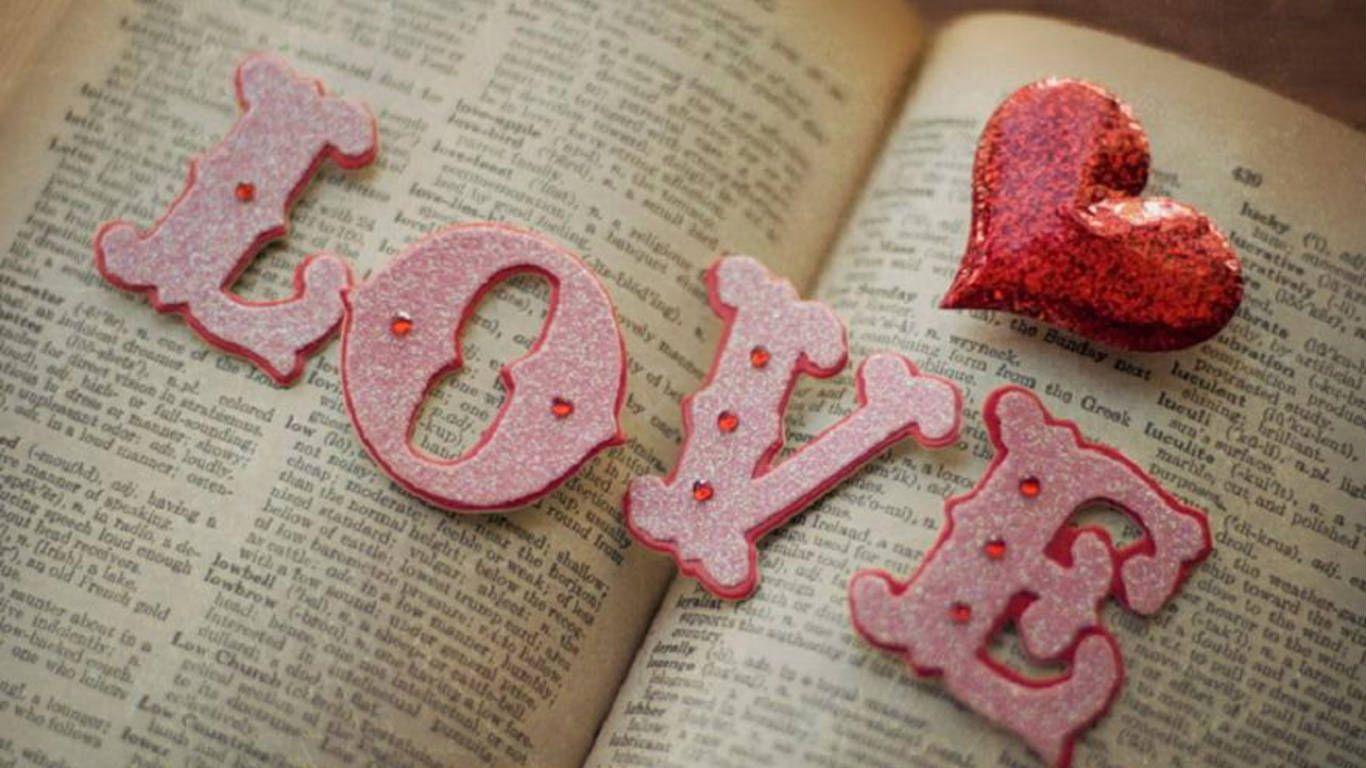Pin By Ali Reynolds On Contando Estrellas Y Corazones Love Actually Romantic Valentine Love Is Sweet