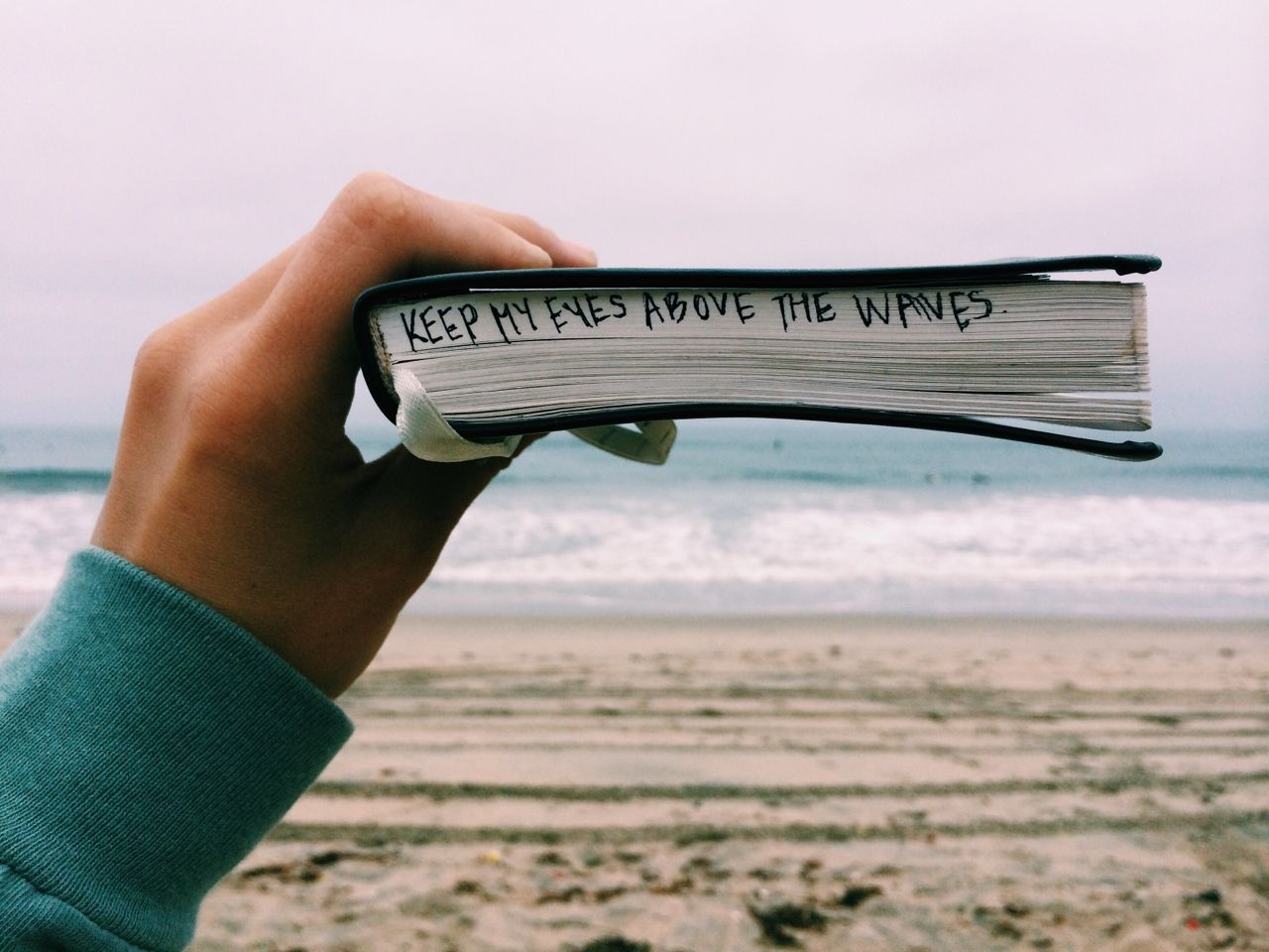 10 Bible Verses for the Girl Who Doesn't Feel Beautiful