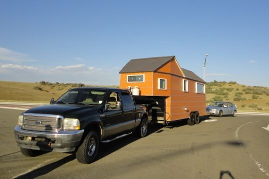 Tiny Home Designs: Tiny House As Fifth Wheel From Clothesline Tiny House