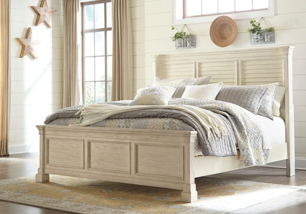 Best Bolanburg Antique White Queen Louvered Bed Bedroom 400 x 300
