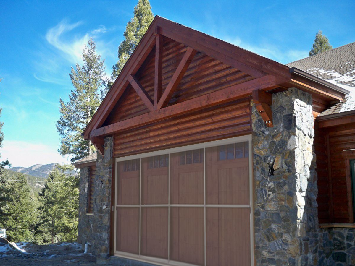 A Sliding Door System Can Turn Your Garage Into A Screen