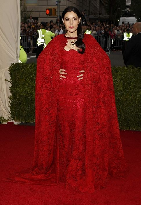 "MET Costume Institute Gala 2014: ""Charles James: Beyond Fashion"" - Monica Bellucci"