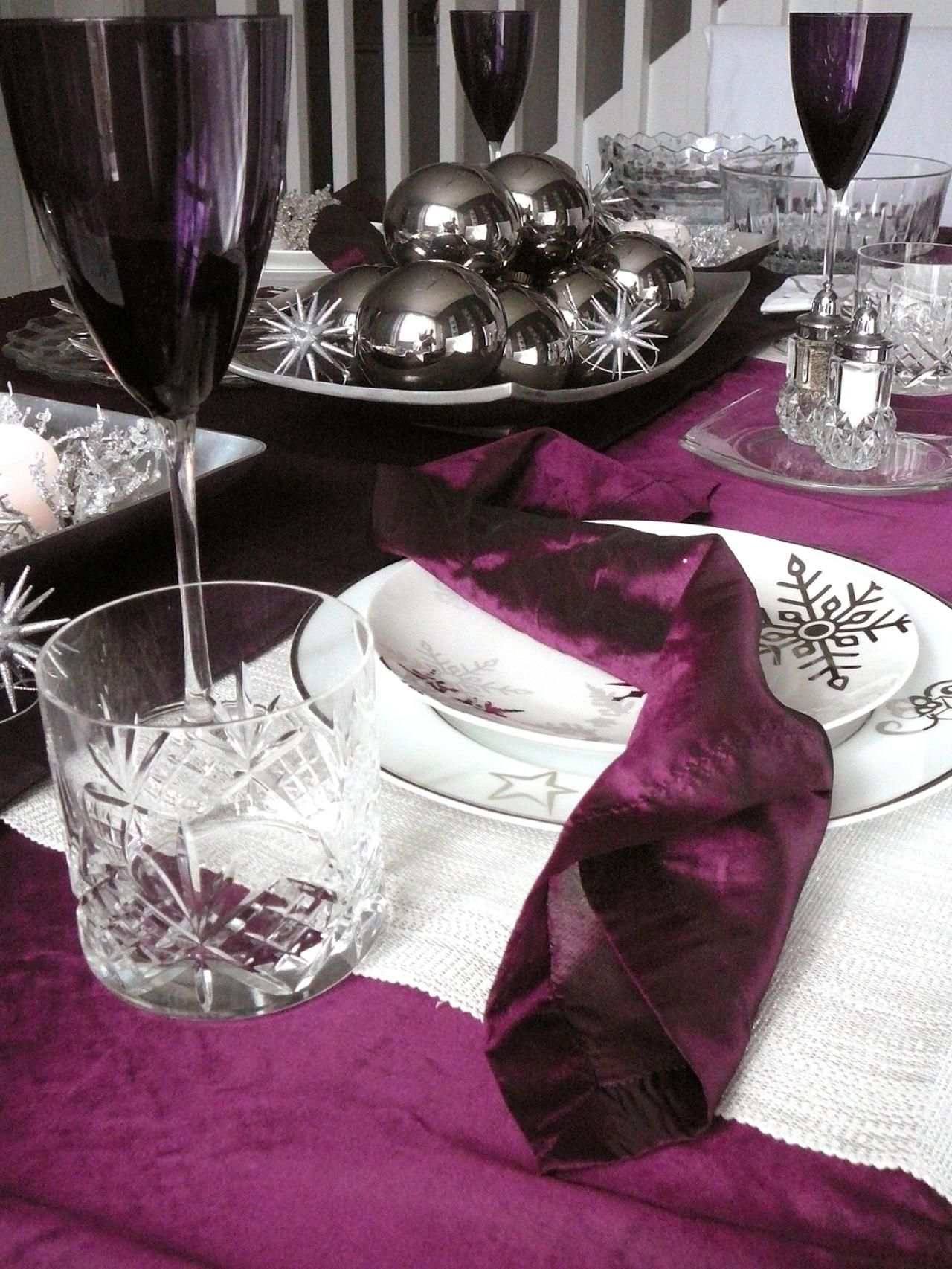 winter table settings and centerpieces | room decorating ideas