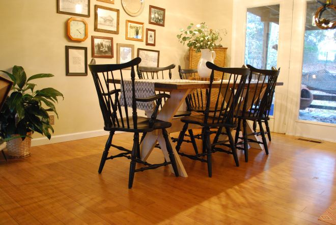 How To Paint Windsor Chairs Black With Images Windsor Chair Chair Home Decor