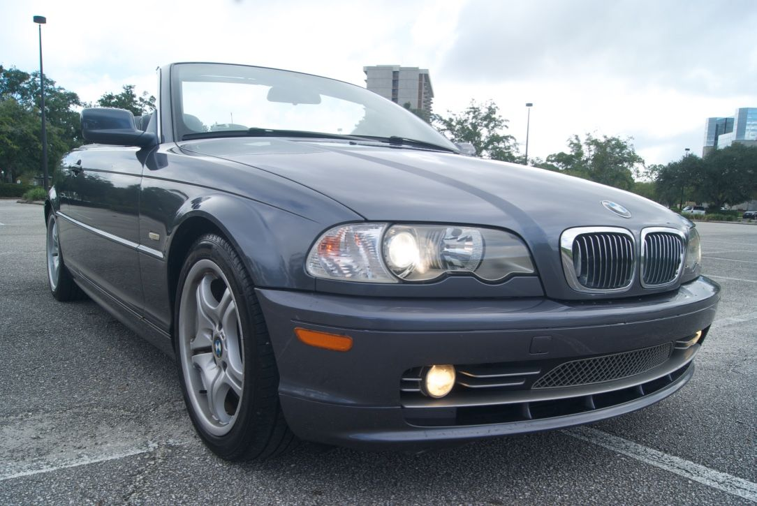 2002 BMW 3series 330CI Convertible 5SPEED  WorldTranssport Corp