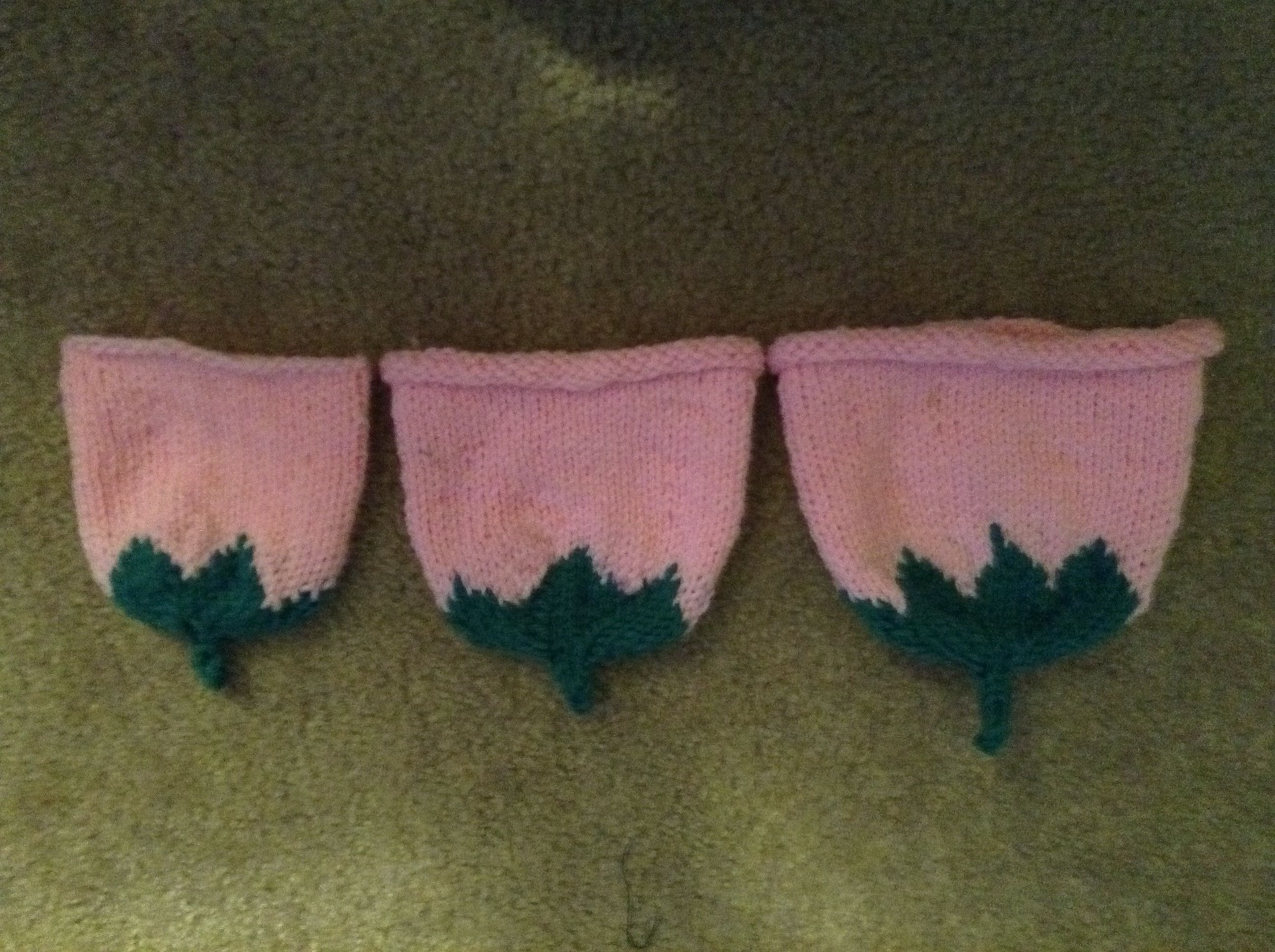 Don't know why this is upside down!! 3 sizes baby hats ---- from preemie sizes to full term