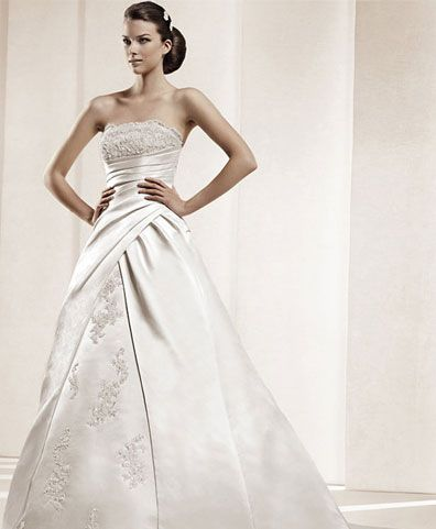 Pin By Andrea Jeffery On Aj S Wedding Inexpensive Wedding Gown Discount Wedding Dresses Wedding Dresses