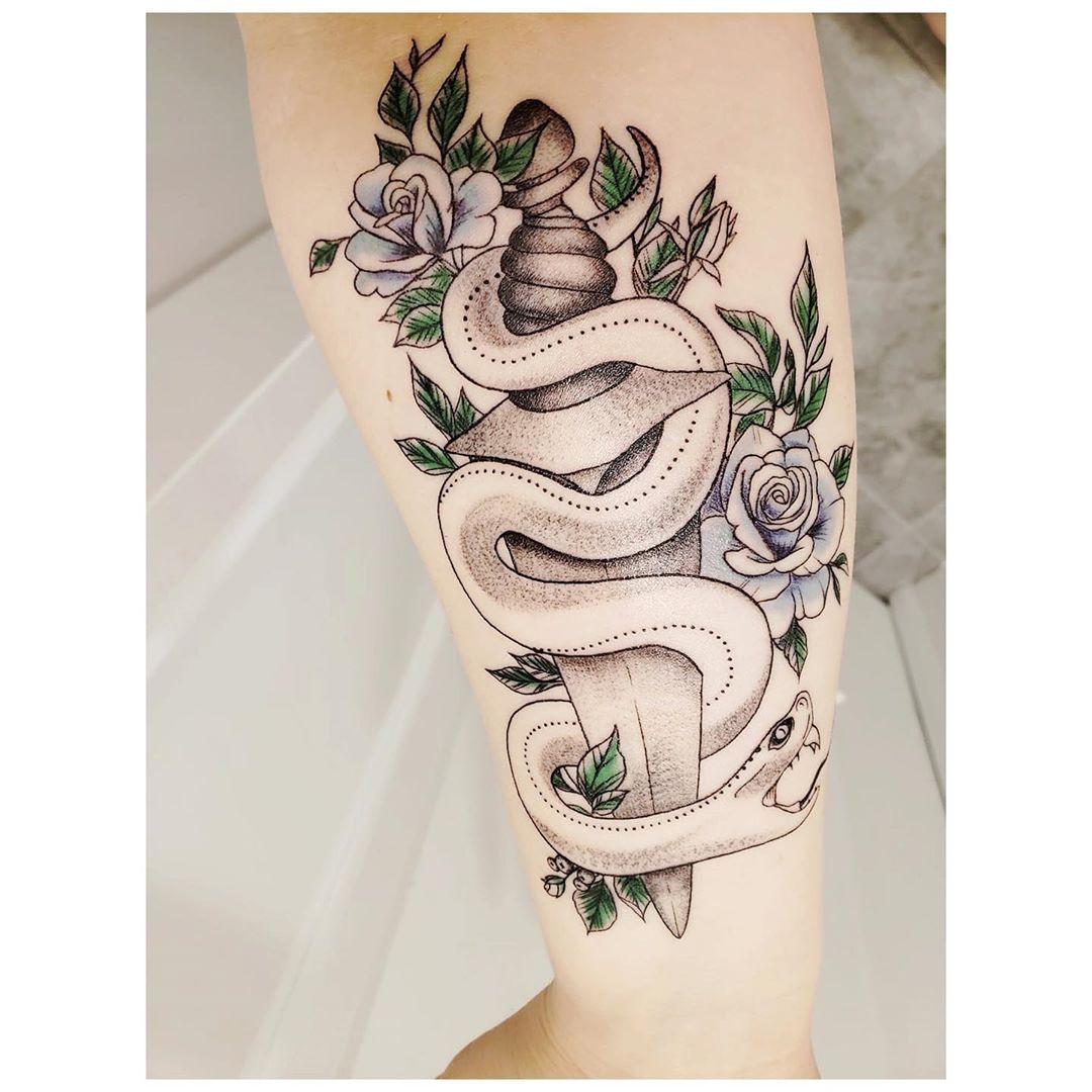 Tattoo in memory of my grandad that had this tattoo on his arm. I decided to redo it. www.flamewiseink.ca  #Toronto #Mississauga #MississaugaLife #MississaugaTattoos #TorontoTattoos #TorontoTattooArtist #TattooArtist #CoverupTattoos #CoverupTattoo #Tattoos #Tattooed #Tattoo #TattooedGirls #TattooedWomen #TattooedGuys #TattooedMen