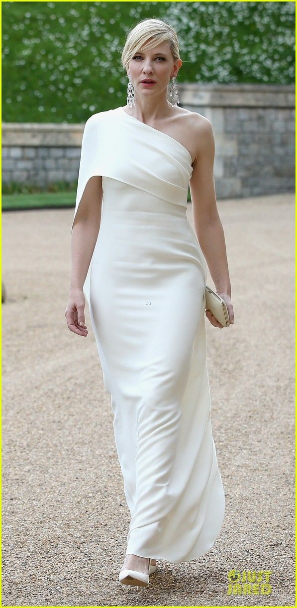 Cate Blanchett & Benedict Cumberbatch Dress Up for Royal Dinner with Prince William! | cate blanchett benedict cumberbatch royal dinner with...