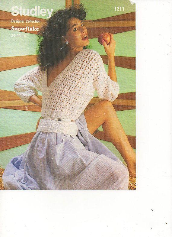 1970s V Back Pattern Knitted Sweater Jumper Knitting Pattern pdf INSTANT DOWNLOAD