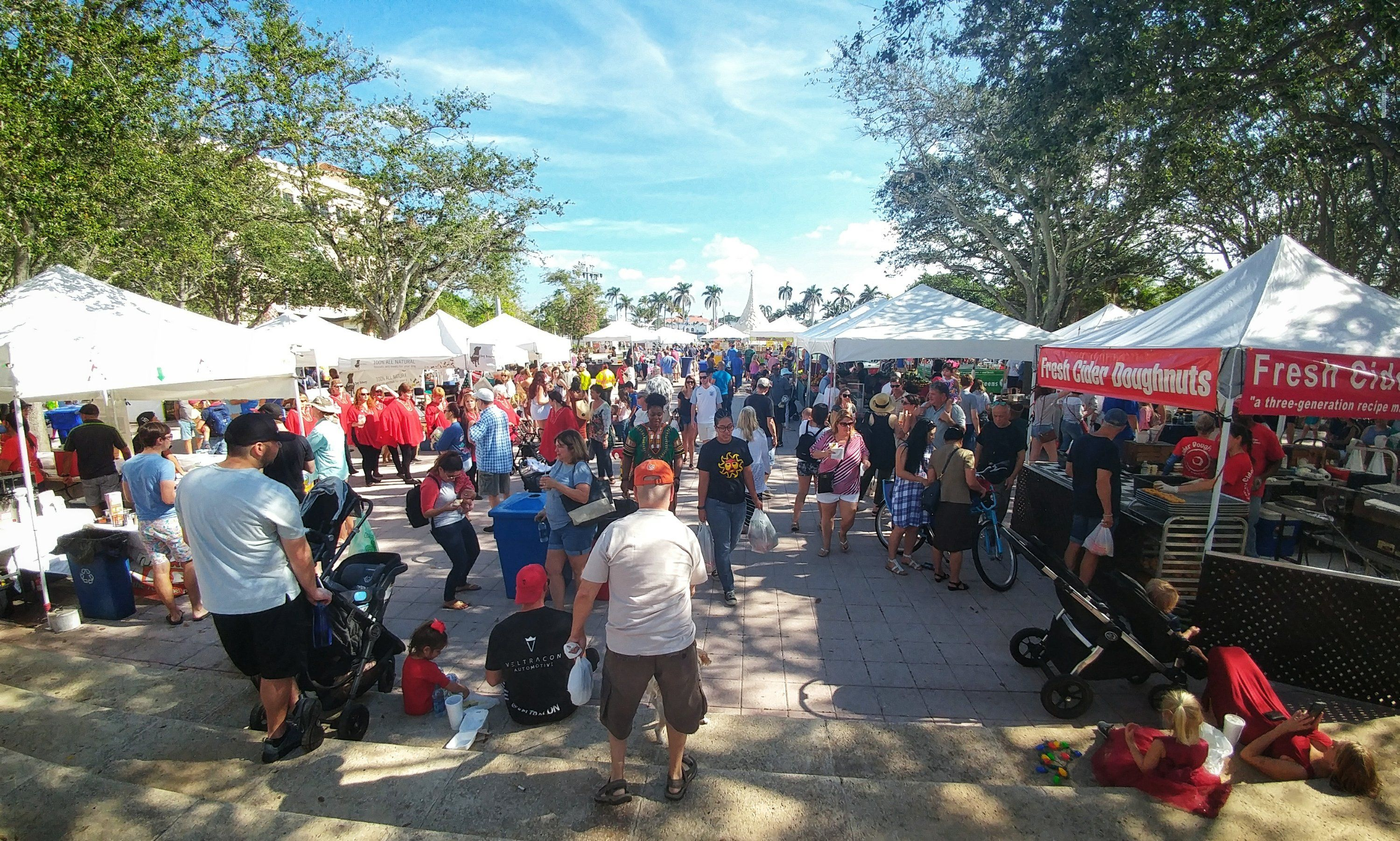 The Green Market Was Packed Today Beautiful Weather Clematis Street Beautiful Weather