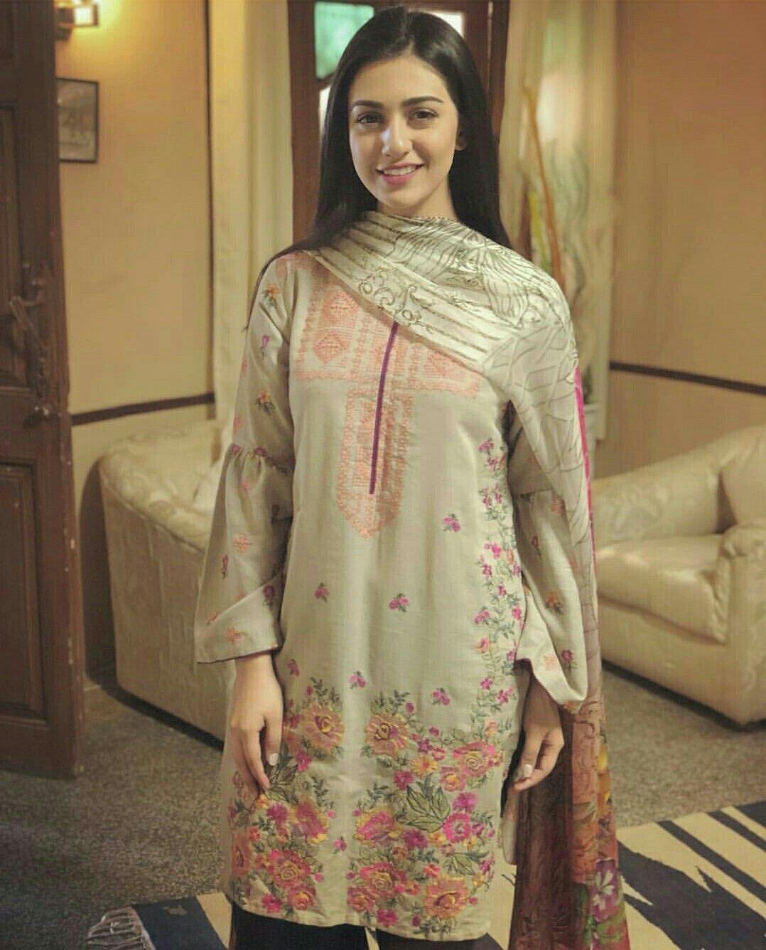 ebd3201566 Sarah Khan Sara Khan Pakistani, Pakistani Wedding Dresses, Indian Dresses,  Indian Outfits,