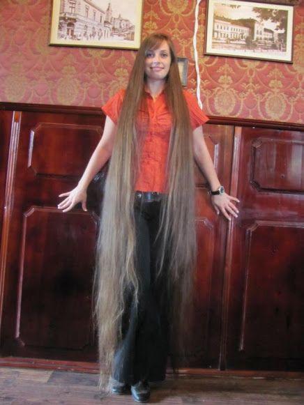 .amazing long hair en 2019 Cheveux, Cheveux tres long et