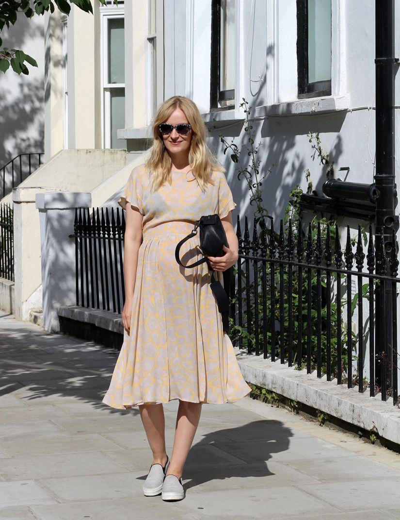 Stine Goya - Dress on the beautiful blogger Blameitonfashion #Waldraud