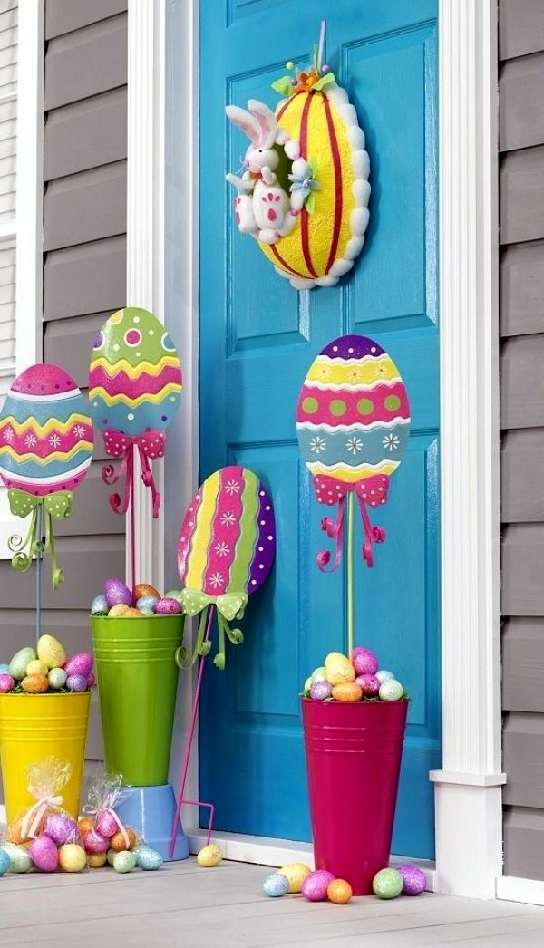 Outdoor Easter Decorations 27 Ideas For Garden And Entry Into The Atmosphere