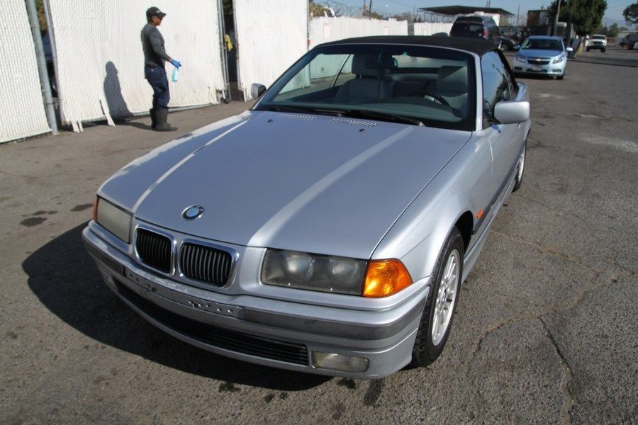 Awesome 1997 Bmw 3 Series 328i Convertible Automatic 6 Cylinder No