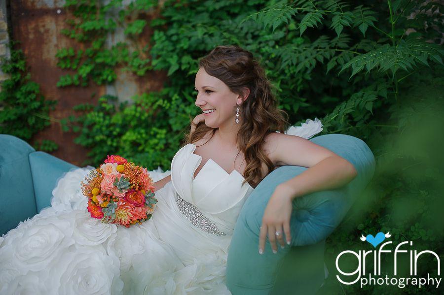 Gorgeous Wedding Dress- Sarah Ann Griffin - Awesome Photographer! Plan your wedding on JELLIFI.com