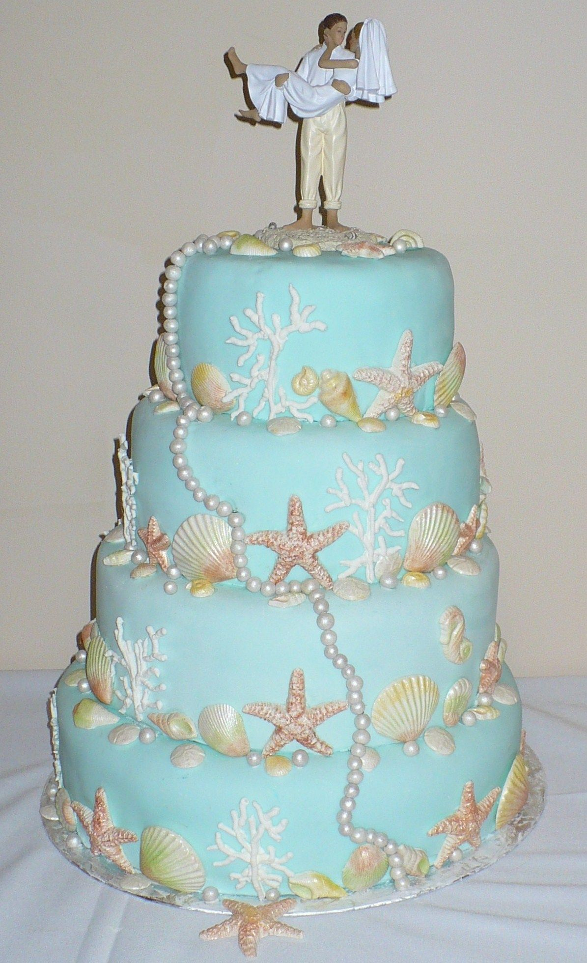 candy pearls for wedding cakes theme wedding cake this cake is decorated with white 12351