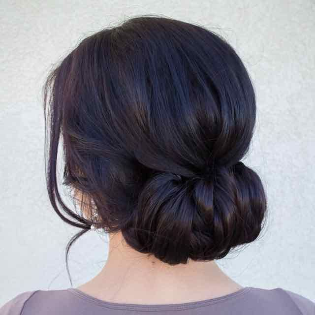 Effortlessly Chic Wedding Hairstyle Inspiration: Effortlessly Chic Wedding Hairstyles