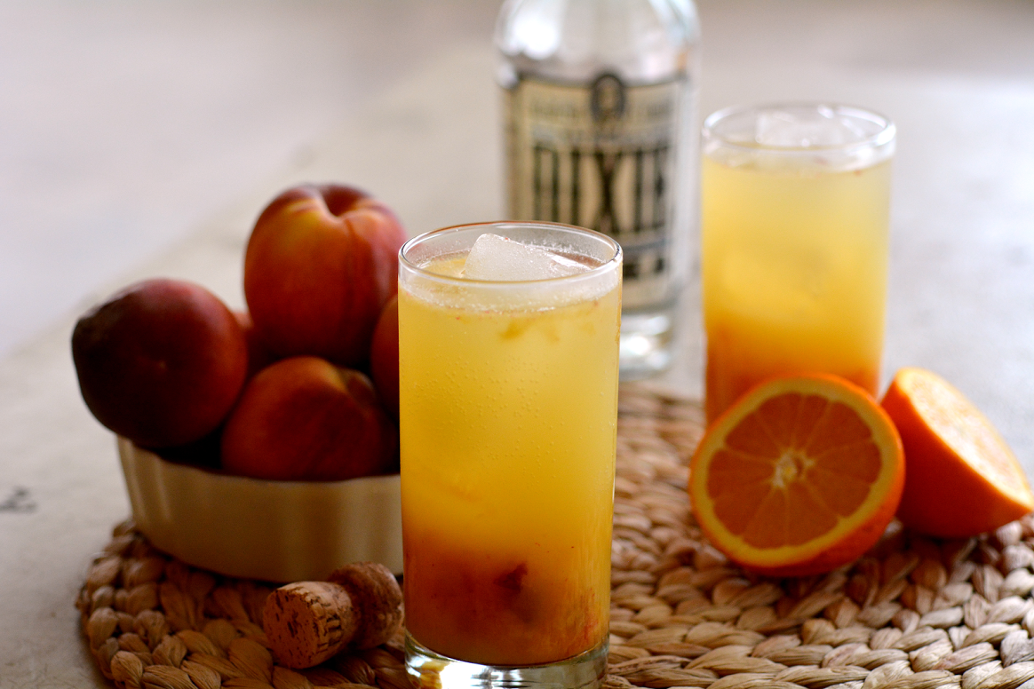 Stop having boring brunches. Check out Dixie Vodka and make these beautiful brunch cocktails!