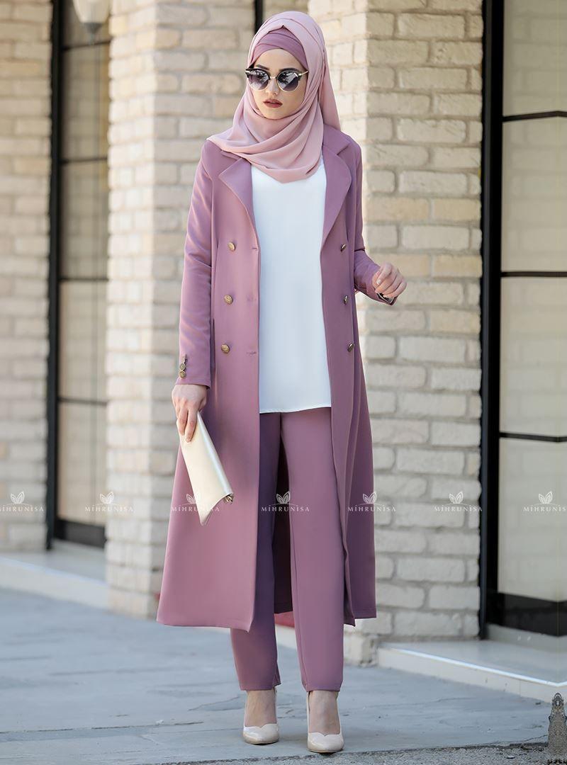 cac33d575ee56 önü iliklenebilir ve kolları düğmeli olan kap modeli ile gül kurusu rabia  takım modelimizin pantolon beli yandan fermuarlıdır. #hijab #hijabonline  #tesettur