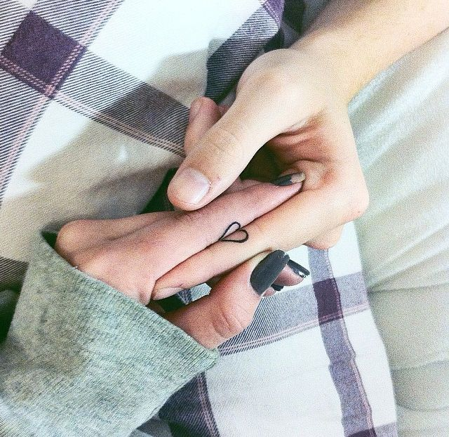 Paar-Tattoos: Forever yours! So könnt ihr zeigen, dass ihr zusammengehört - BRIGITTE