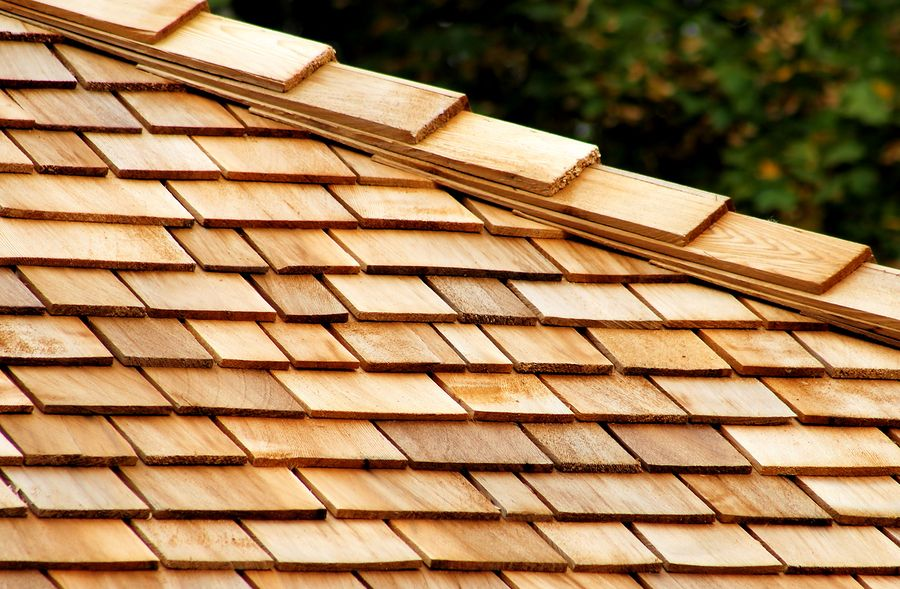 Beauty And Practicality Of Cedar Shingles Roof Shingles Cedar Shingle Roof Wood Roof Shingles Wood Roof