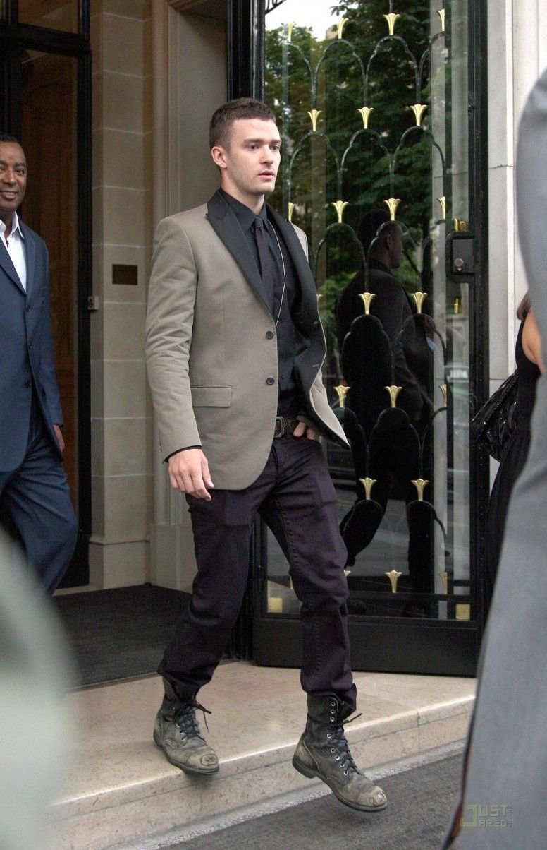 What Size Shoe Does Justin Timberlake Wear
