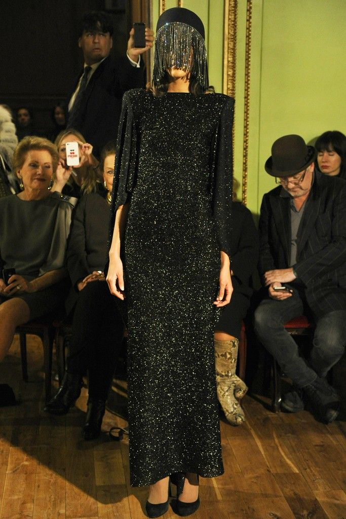 Pierre Cardin Returns With Off Calendar Show Fashion Couture French Fashion Designers