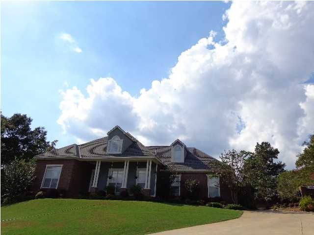 210 Fawn Ln Prattville Al 36067 329 900 Listing 312229 See Homes For Sale Information School Districts Neighborh House Styles Home Mansions