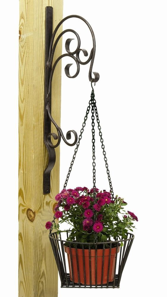 Wrought Iron Potted Flowers Wall Hanger Planter Holder Coco Fiber Drainage Chain Wrought Iron Furniture Wrought Iron Design Iron Decor
