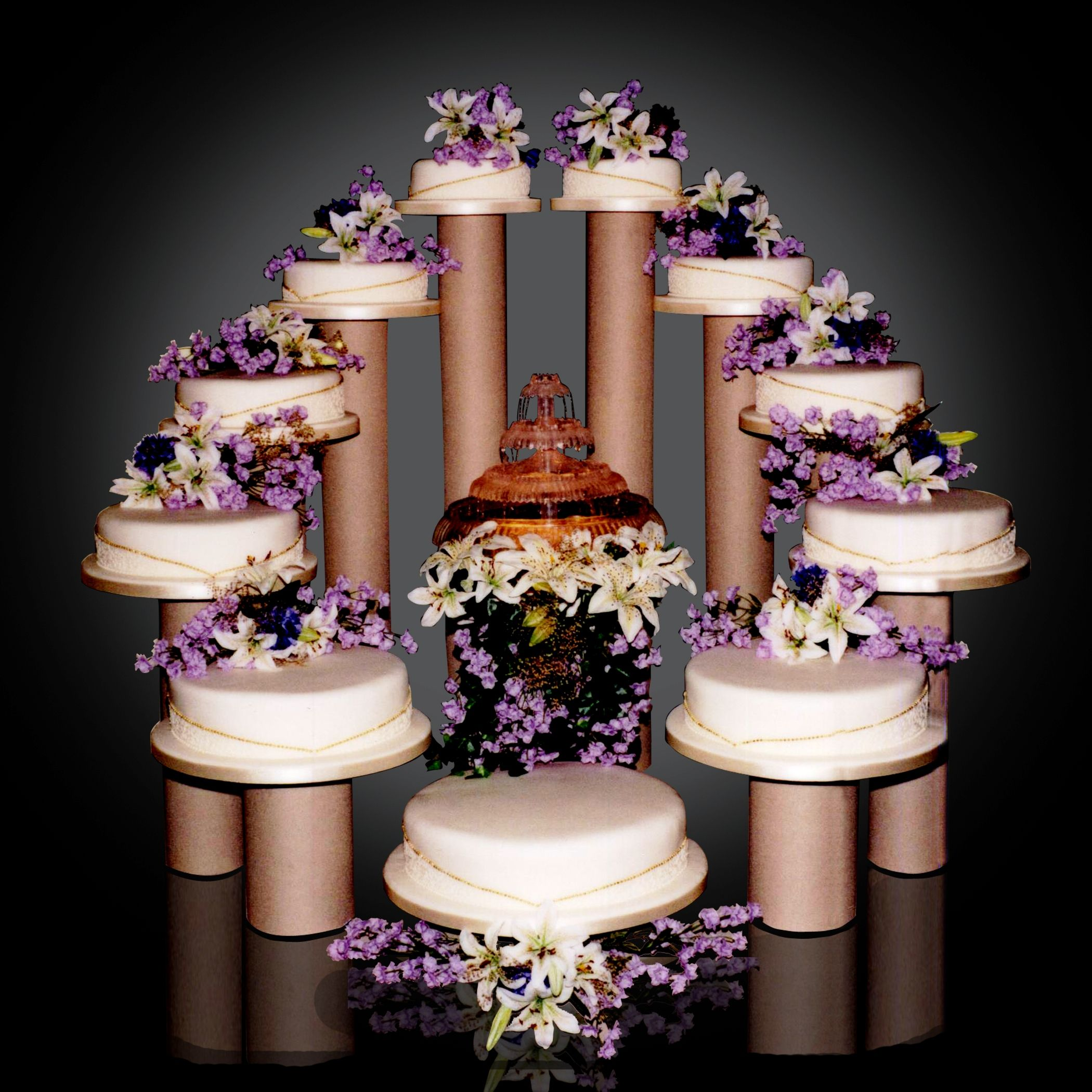 Big Wedding Cakes With Fountains 11 Tier with Fountain