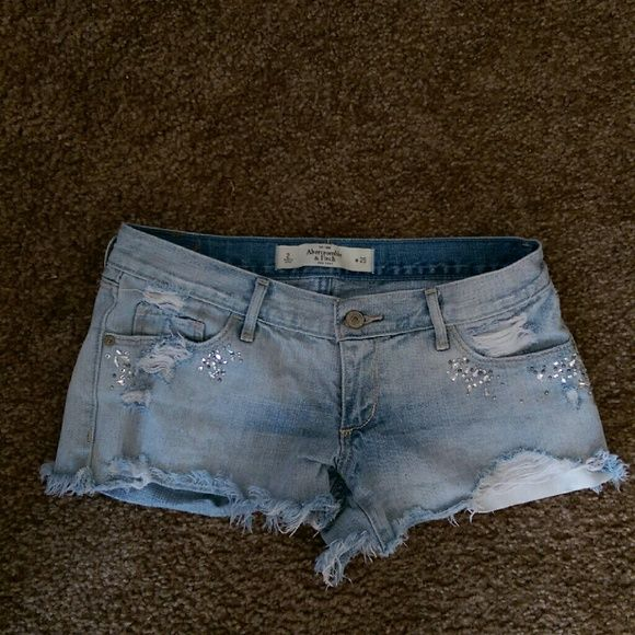 Abercrombie & Fitch rhinestone denim cutoff shorts Light wash great condition Abercrombie & Fitch Shorts Jean Shorts