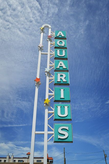 Aquarius Vintage Motel Sign In 2019 Signs Of The Shore